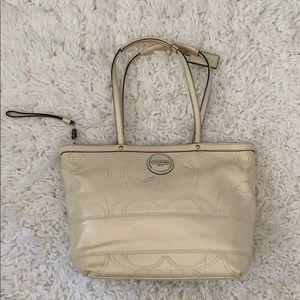 👜 Coach 15142 Patent Leather Purse Bag 👜